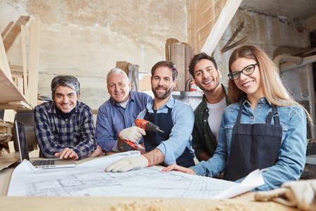 Vergleichen24 | Bauhelferversicherung